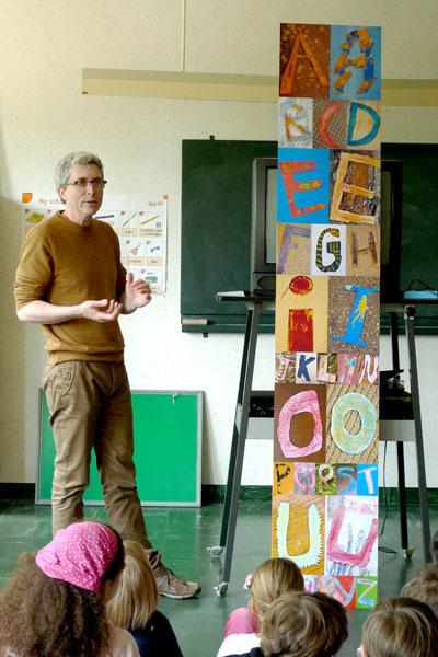 présentation de l'alphabet de l'école